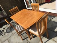 Extendable Table and Chairs Kitchen Dining Room