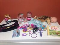 Dolls/purse/ornament/jewelry/flip book/misc!!
