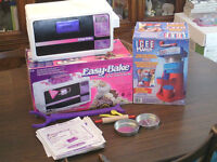 Easy Bake Oven and Icee Maker like new for old video games