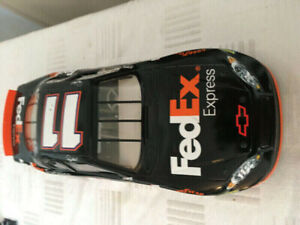 1/18 scale toy car