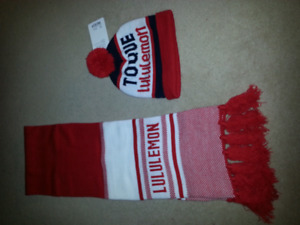 Lululemon togue and scarf brand new