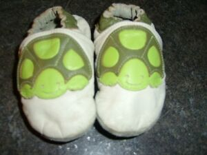 Turtle Robeez Size 12-18 mo