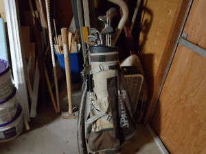 SPALDING GOLF CLUBS $60