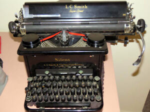 Typewriter Smith & Corona 14  Super Speed Silent- made in Canada