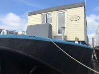 Spacious Houseboat - Filey Bay