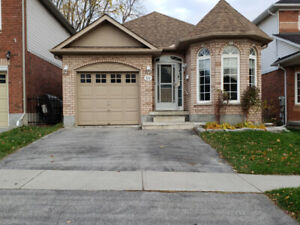 Bowmanville  Furnished 2 bedroom Apart  Available immediately