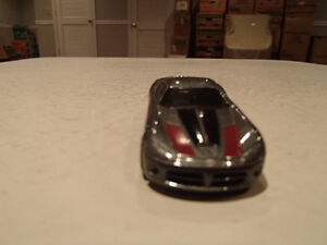 Loose Hot Wheels 2005 Dodge Viper 1/64 Scale diecast Car Sarnia Sarnia Area image 3