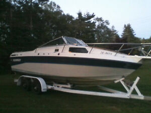 24ft Sun Ray Boat and Trailer, Inspected With Papers