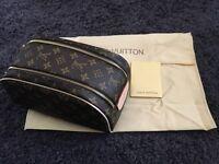 Louis Vuitton Monogram King size toiletry bag