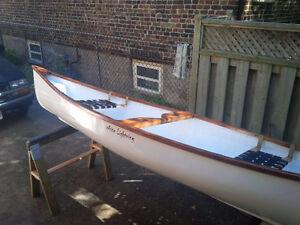 Wow Cool..........great canoe