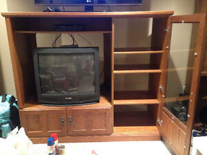 Solid Real Wood Entertainment Unit Kitchener / Waterloo Kitchener Area image 2