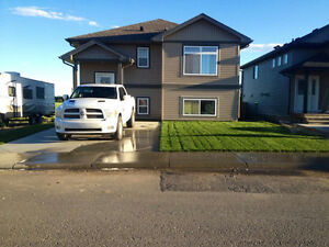 house for sale coalhurst with mountain view