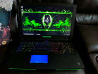 Alienware 17 R2 Gaming Laptop