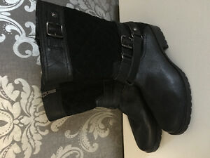 Anne Klein Call Forth Black Biker Boots $40 size 6