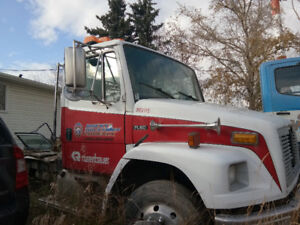 2003 Freightliner FL60 5.9L L6 DIESEL For Sale Parts And Engine