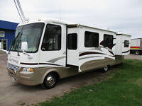 2005 Scottsdale 33ft by Newmar with V-10 Ford gas engine