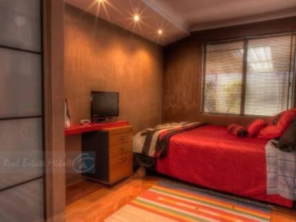 MODERN ROOM FOR RENT IN SPACIOUS HOUSE IN MARANGAROO