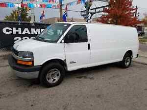 2006 Chevy Express Cargo  DURAMAX DIESEL EXTENDED✓