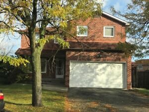Beautiful upper level house with 4 Bedroom
