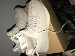 295e0f0a7d649 Adidas Yeezy Boost 350 V2 in Sesame size 7.5