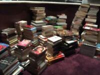 500 BOOKS JOBLOT WHOLESALE BULK BARGAIN CAR BOOT SALE, RESALE, SCHOOLS, READING