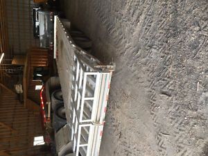 2015 Aluminum deck over trailer with beaver tale