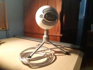 Microphone Blue Snowball 35$