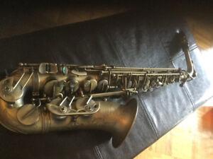 Saxophone alto Paul mauriat a vendre
