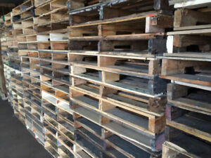 Palettes de bois Wooden Pallets Shipping Expedition