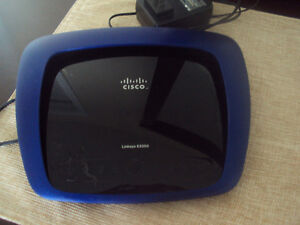 Excellent condition Cisco Linksys E3000 Wireless router