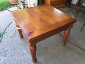 Side Table / Small Coffee Table