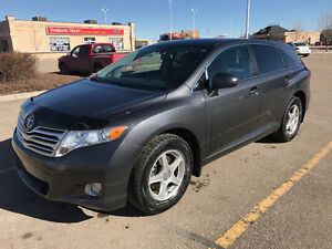 2012 Toyota Venza AWD with 2 sets of wheels, remote start
