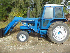Tractor With Loader & Cab