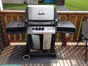 Free *natural gas* Broil King BBQ
