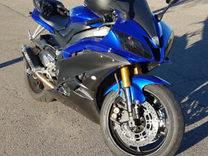 R6 - For Sale