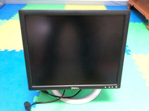 """Dell 1707FPVt 17"""" LCD Computer Monitor in excellent condition"""
