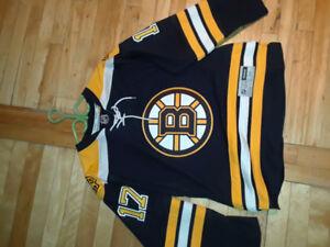 Chandail hockNHL Boston Bruins avec logo brodé et nom de joueur