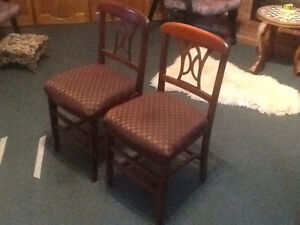 Folding dining chairs