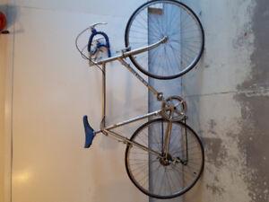 Benotto Road Racing Bike