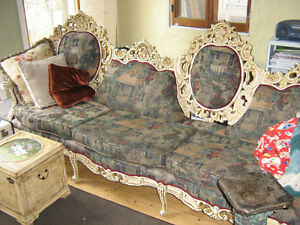 Antique sofa et chaise  $700
