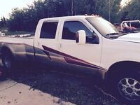 2005 ford diesel crew cab 4x4 MUST GO!!