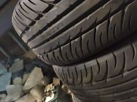 205/40/r17 kumho tyres only done 100 miles