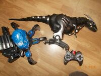 great pair of remote control toys large dinosaur spider like gun