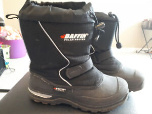 Baffin winter boots size 6
