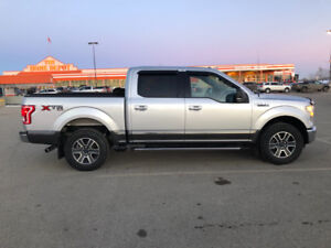 2015 F-150 XTR  V8 5.0L ENGINE 4X4 SUPERCREW 68,000 KM MINT COND