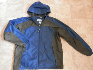 Men's: 3 rain jackets and 4 pairs of pants (some new)