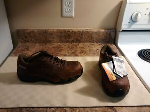 Men's Dakota Steel Toe Work Shoes - Size 7 - New with Tags