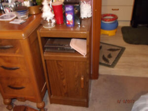 Night stand/table