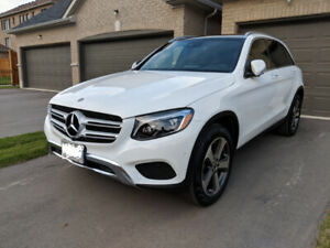2018 Mercedes Benz GLC300 Lease Takeover $685 + tax Per Month