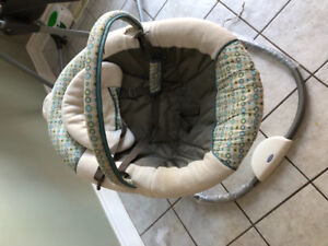 Baby swing (graco)